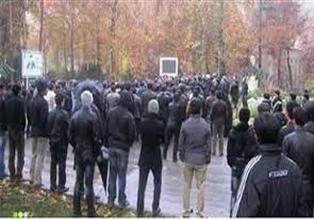 تجمع مالباختگان مجتمع آفتاب ری مقابل دادسرای شهرری
